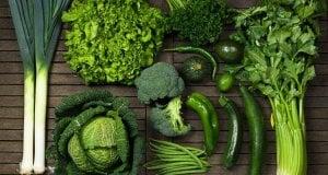 Πράσινα φυλλώδη λαχανικά, μέρος διατροφής για υγιή μαλλιά